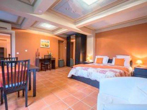s r nita di giacometti chambre d 39 h tes de charme nice. Black Bedroom Furniture Sets. Home Design Ideas